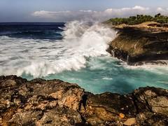 Huge waves crash ashore at Devil's Tear Lembongan, Bali, Indonesia • • • • • #travel #lembongan #indonesia #artofvisuals #athomeintheworld #awesome_earthpix #awesome_photographers #awesomeearth #awesomeglobe #TLPicks #bestplacestogo #discoverglobe #earthf