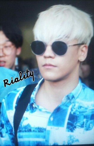 Big Bang - Gimpo Airport - 20may2015 - Seung Ri - withriality - 01