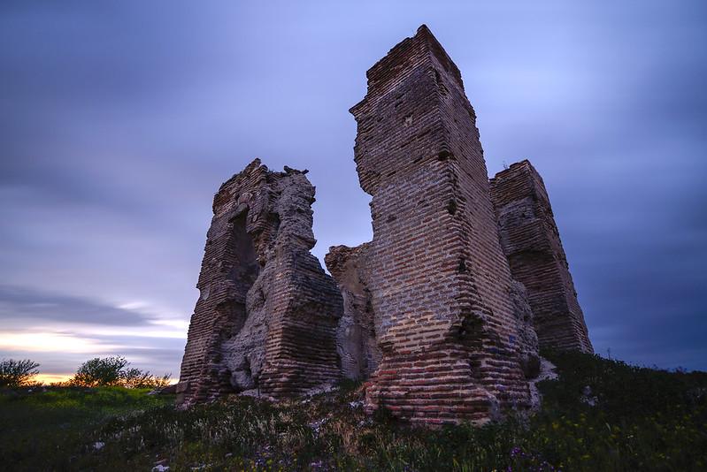 Atardecer entre ruinas