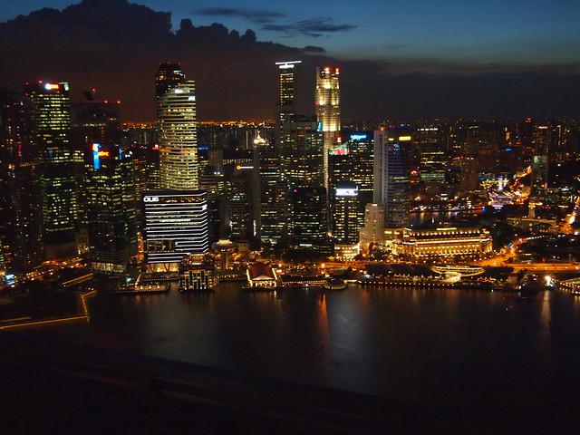 P4179066 インフィニティ・プール(天空プール)マリーナ・ベイ・サンズ・ホテル Marina Bay Sands Hotel