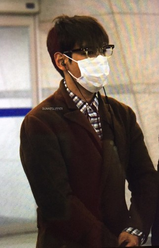 TOP - Incheon Airport - 05nov2015 - bunnyslipper - 02