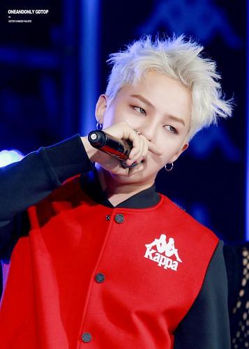 G-Dragon - Kappa 100th Anniversary Event - 26apr2016 - OAO-GDTOP - 11 (Custom)