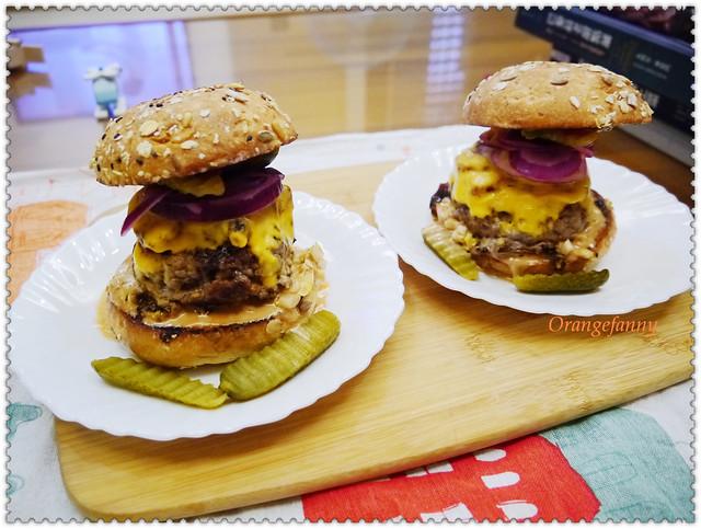 150426 培根乳酪牛肉瘋漢堡-01