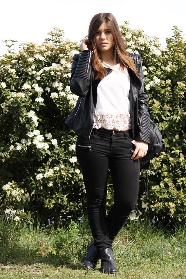 http://losaway.blogspot.com.es/2015/04/black-white-spring.html