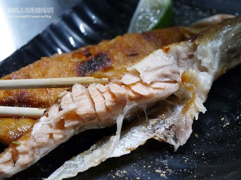17181226210 04ccb92b81 b - 熱血採訪。台中龍井【第一青海鮮燒物】鮮蚵、風螺、蛤蜊、龍蝦、大沙母一次滿足,