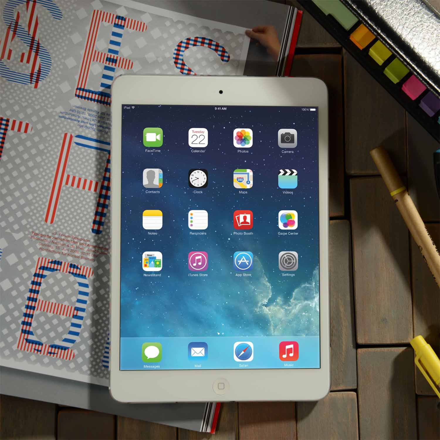 iPad Mini 3 Wifi in 16gb (P17,800), 64gb (P22,000), 128gb (P26,400)