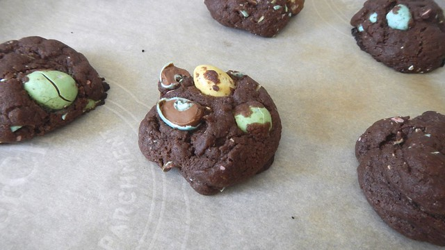 Eggless Chocolate Egg Cookies 7