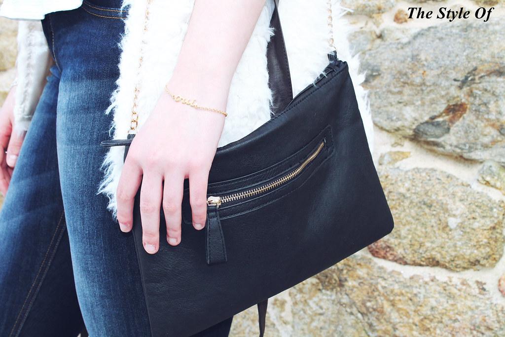 bolso tipo clutch negro