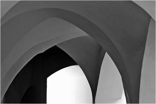 Come in un caleidoscopio le visioni si scomposero e poi si ricomposero in nuove geometrie