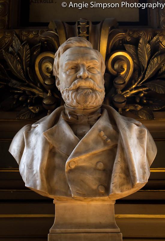 opera garnier statue (1 of 1)