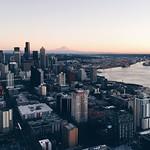 Image de Space Needle près de City of Seattle. spaceneedle vscocam uploaded:by=flickstagram instagram:photo=887228305333136408570874