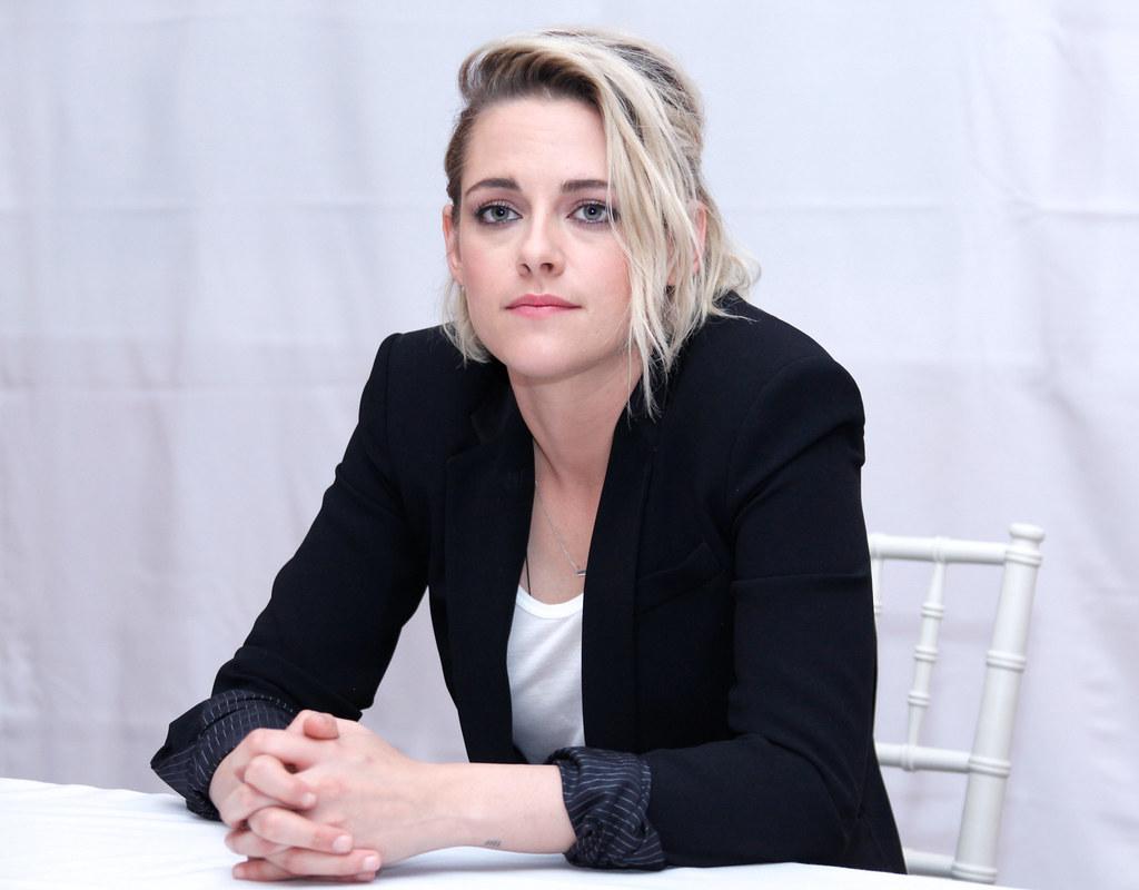 Кристен Стюарт — Пресс-конференция «Cafe Society» 2016 – 51