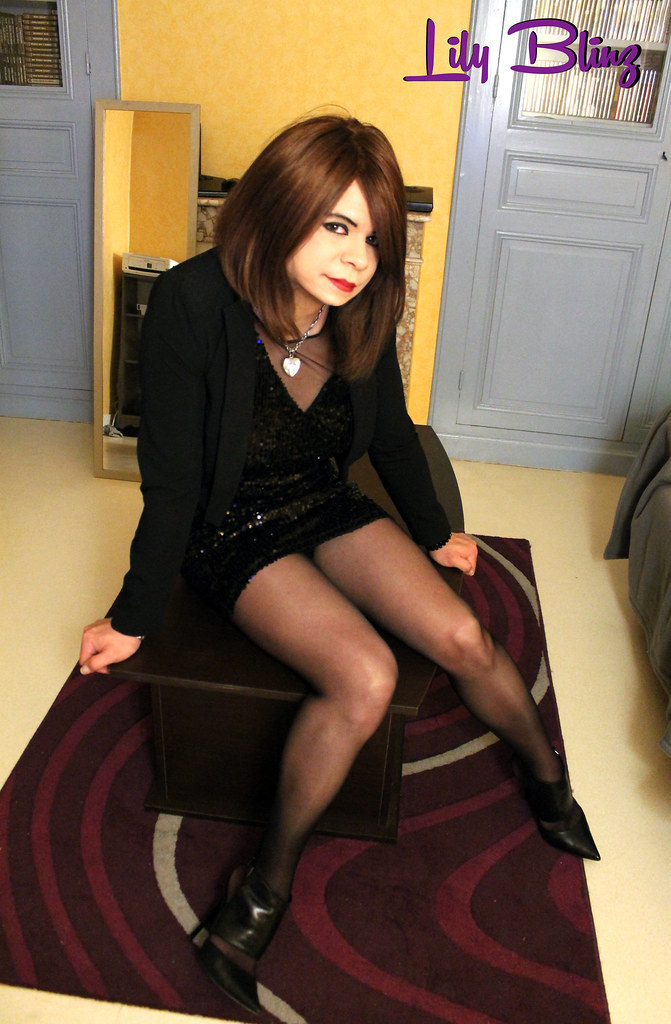 cute crossdresser