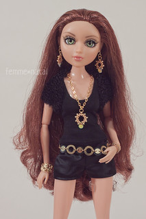 """Teen Basics in Black OUTFIT for 14"""" Moxie Teenz"""