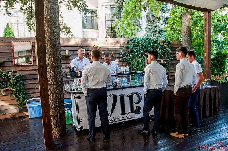 VipBar-cocktail catering bar > Foto din galeria `Barul in proces de lucru`