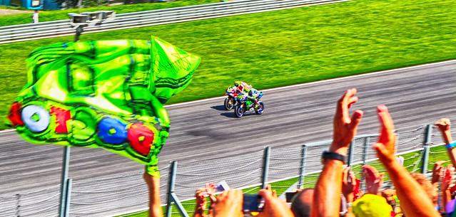 Valentino Rossi vs Andrea Iannone