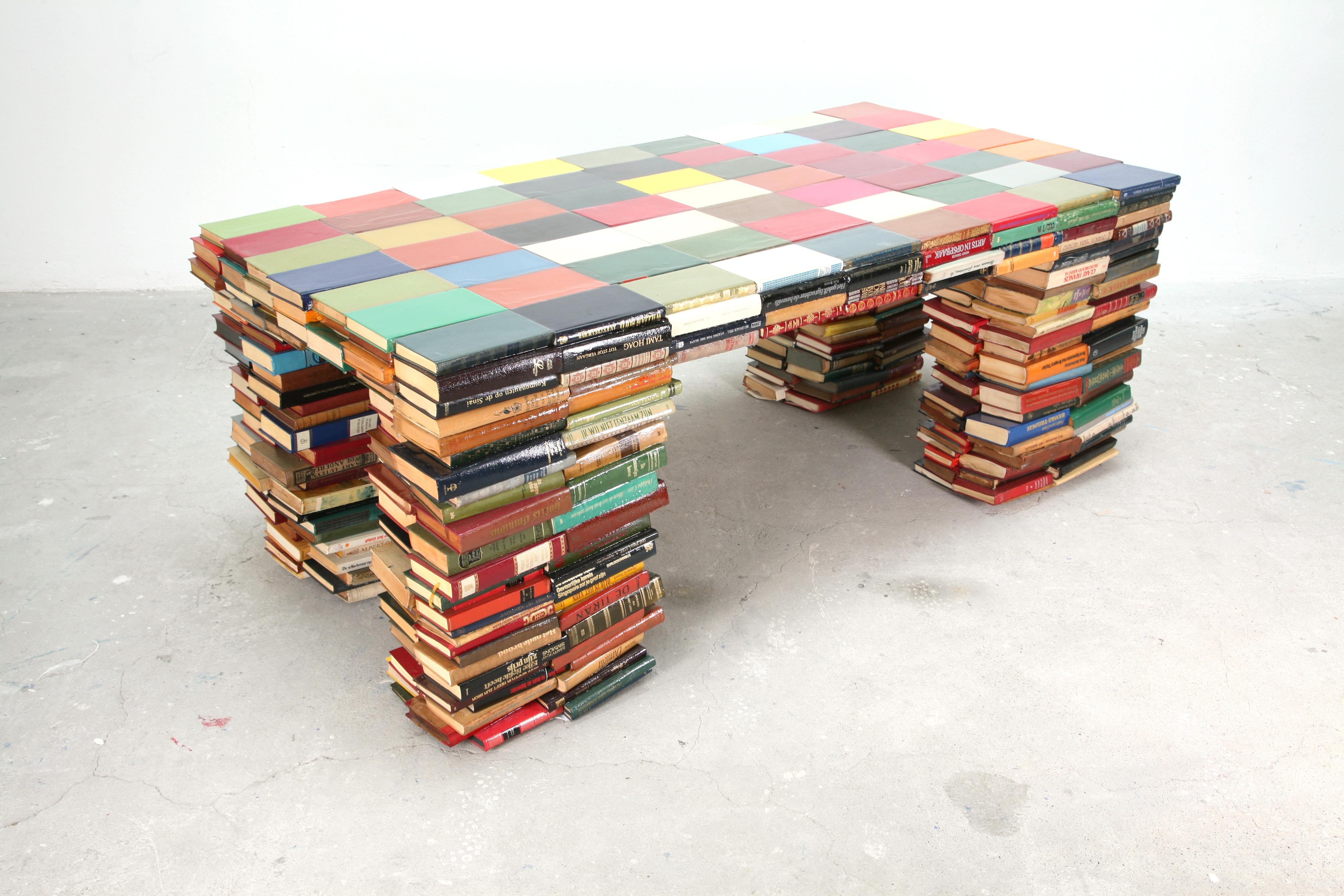 2012-03-07-richard-hutten-layers-interieur-tafel-stijl-boekentafel