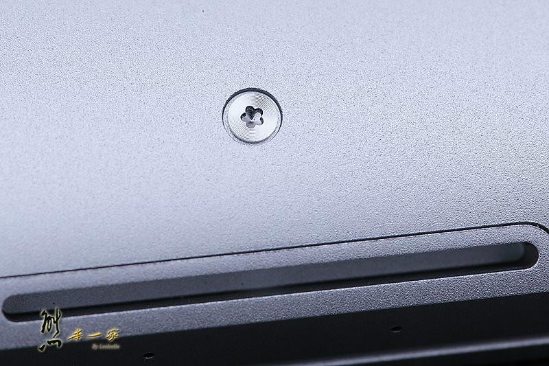 [Apple開箱]New Macbook Pro Retina優缺點評比~不推薦購買原因整理