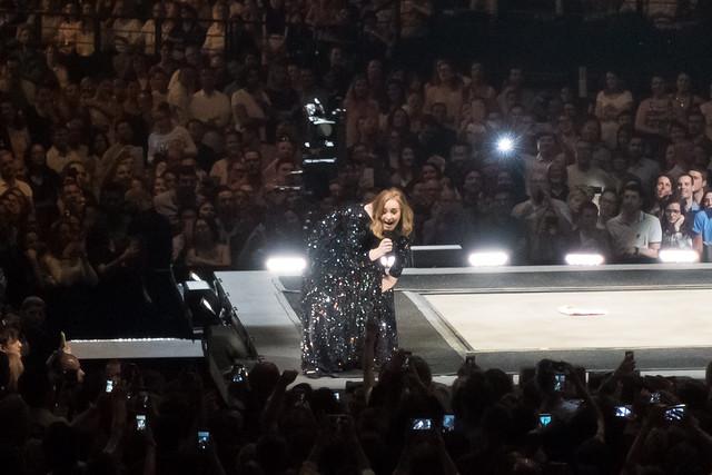 Adele - AccorHotels Arena, Paris (2016)