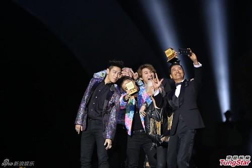 Big Bang - MAMA 2015 - 02dec2015 - TungStar - 03