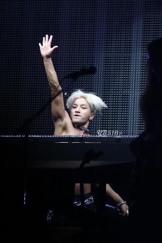 Taeyang-RISEtour-Japan-Osaka-Day2-20140904(8)