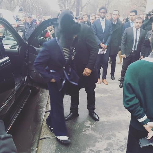 G-Dragon Chanel Haute Coutoure at Grand Palais Paris 2016-01-26 stellaluopx