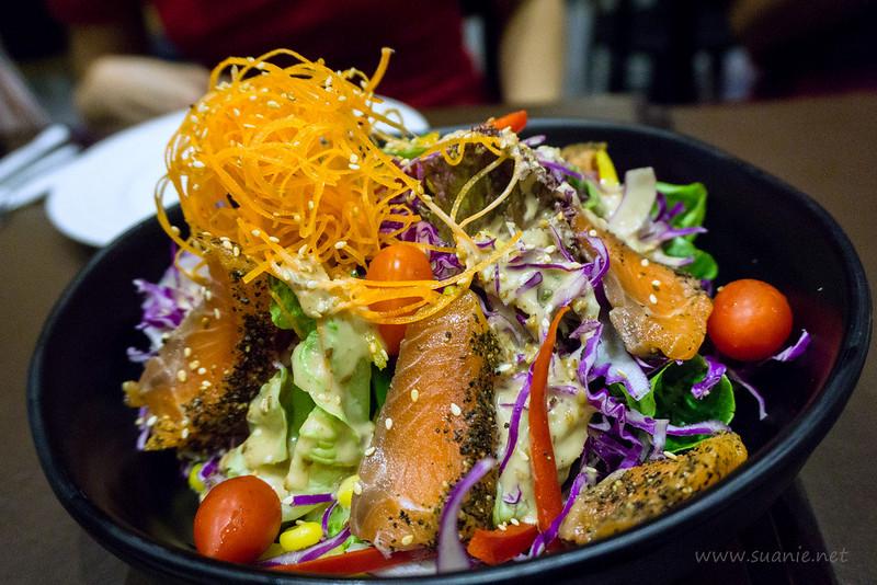 Green Market KLIA2 - salmon salad