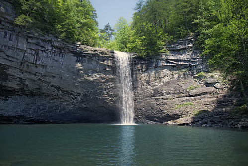 landscape waterfall tennessee
