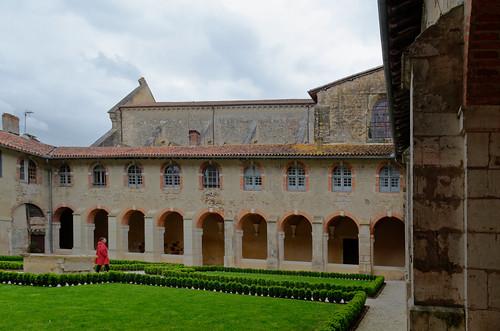 Cloître de l'Abbatiale de Saint-Sever