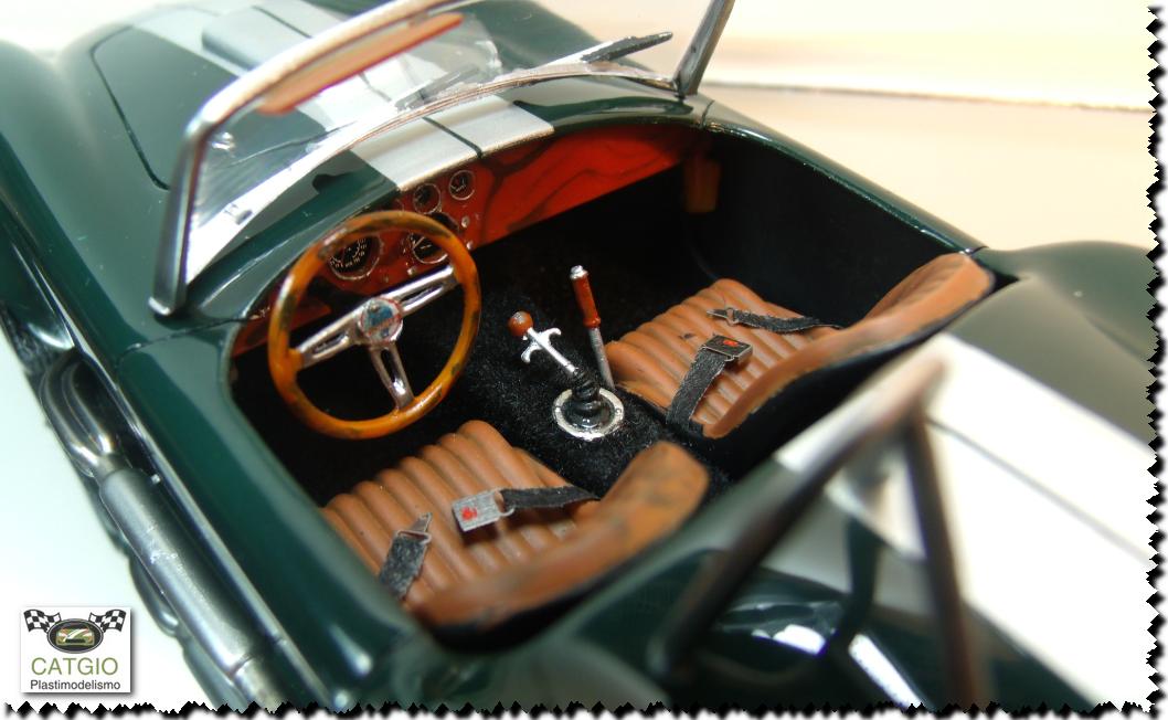 Shelby Cobra S/C - Revell - 01/24 - Finalizado 24/04 - Página 2 16628569904_be532eb6ac_o