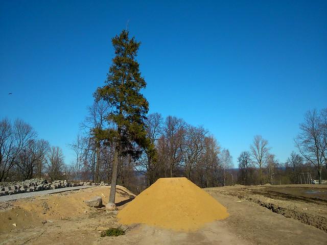 Куча песка // Heap of sand