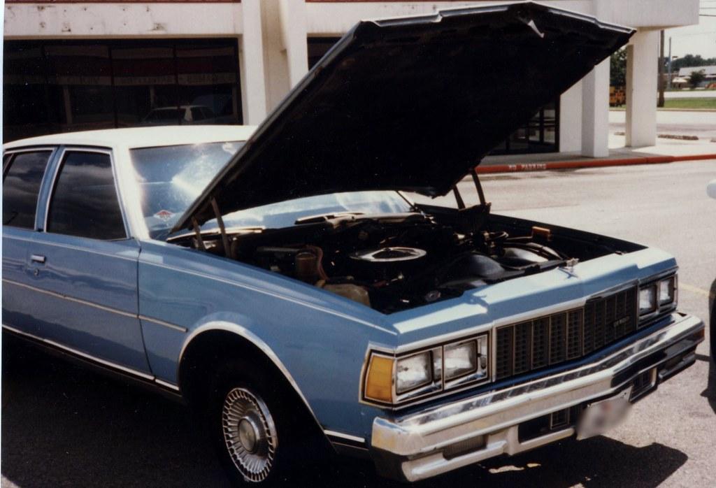 79' Caprice Classic 17102175159_ac8f37884d_b