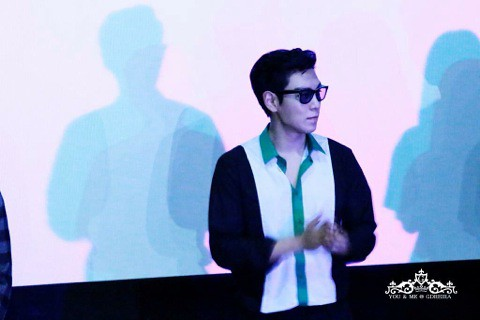 TOP-HQs-StageGreeting-Day3-20140908(19)