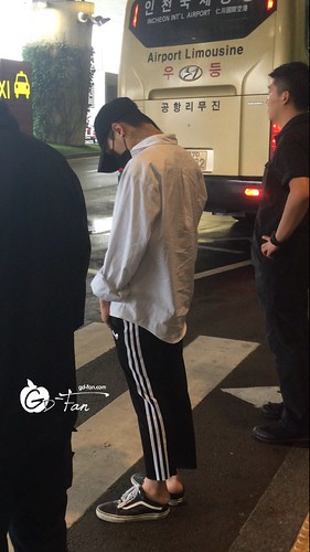 Big Bang - Incheon Airport - 24jun2016 - GD Fan - 05