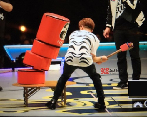 Big Bang - FANTASTIC BABYS 2016 - Fukuoka - 27apr2016 - YB 518 - 08