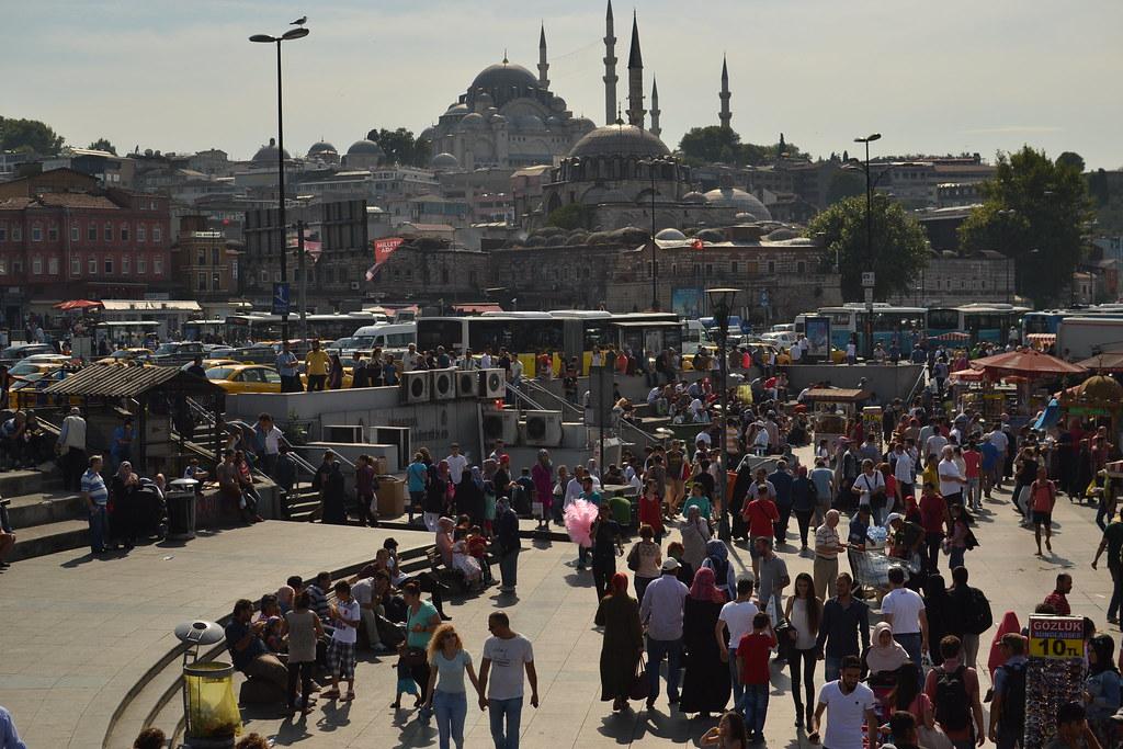 伊斯坦堡繁忙的景象