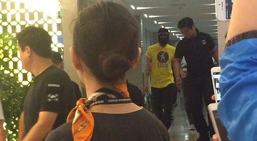BIGBANG arrival Shenzhen 2015-08-07 by 总裁龙 (4)