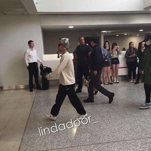 BIGBANG Arrival Melbourne 2015-10-20 (16)
