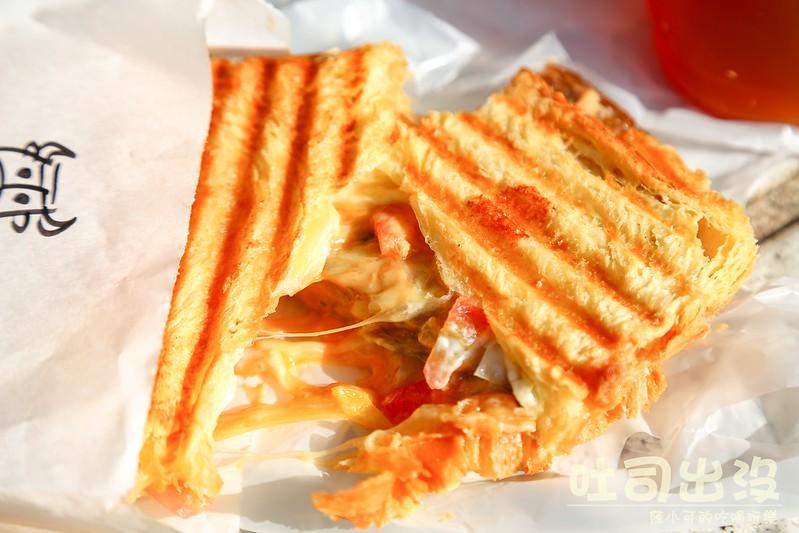 【台北北投美食】吐司出沒 Panini義式三明治,創意十足的熱壓吐司料理,北投溫泉附近的吐司出沒(捷運新北投站)