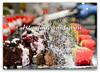 mousse di yogurt e vellutata di fragole fresche, tartufino al cioccolato e gran marnier , pan di Spagna al cacao con spuma ai frutti di bosco e vaniglia, delizia al pistacchio e fondente, cubi di anguria gialla e rossa
