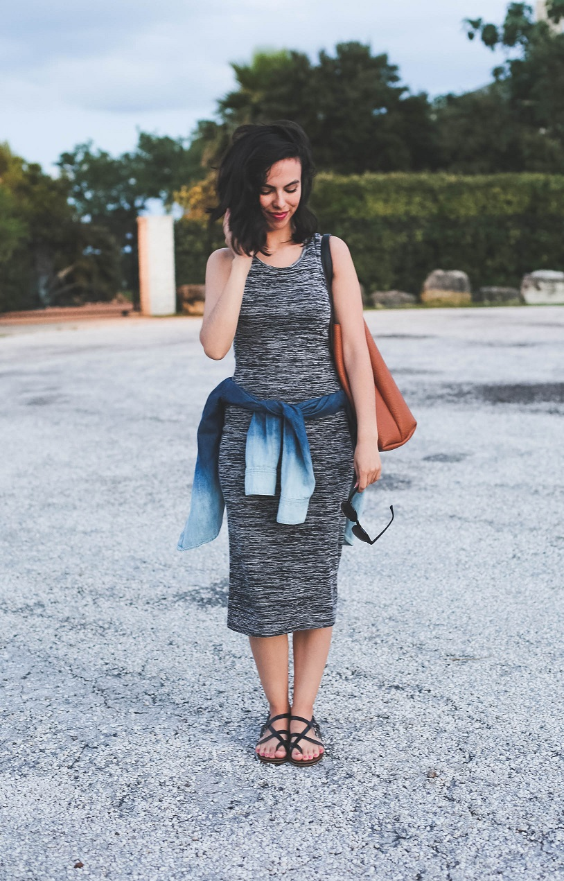 austin style blogger, austin texas fashion blog, grey bodycon midi dress