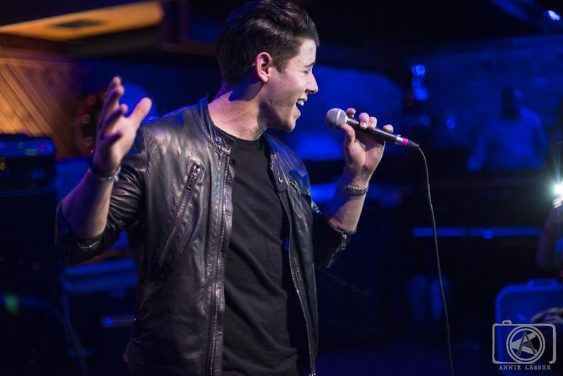 Nick-Jonas_Arlyn-Studios_Raptor-House_SXSW_March-15th-2015_Annie-Lesser-4-2yq8zl3qtfnq9qlohj2uww copy