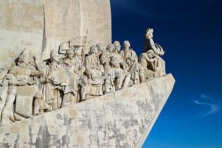 Afbeelding van Monument to the Discoveries in de buurt van Algés. sculpture portugal lisboa lisbon escultura monumenttothediscoveries monumentoaosdescobrimentos monumentoalosdescubrimientos