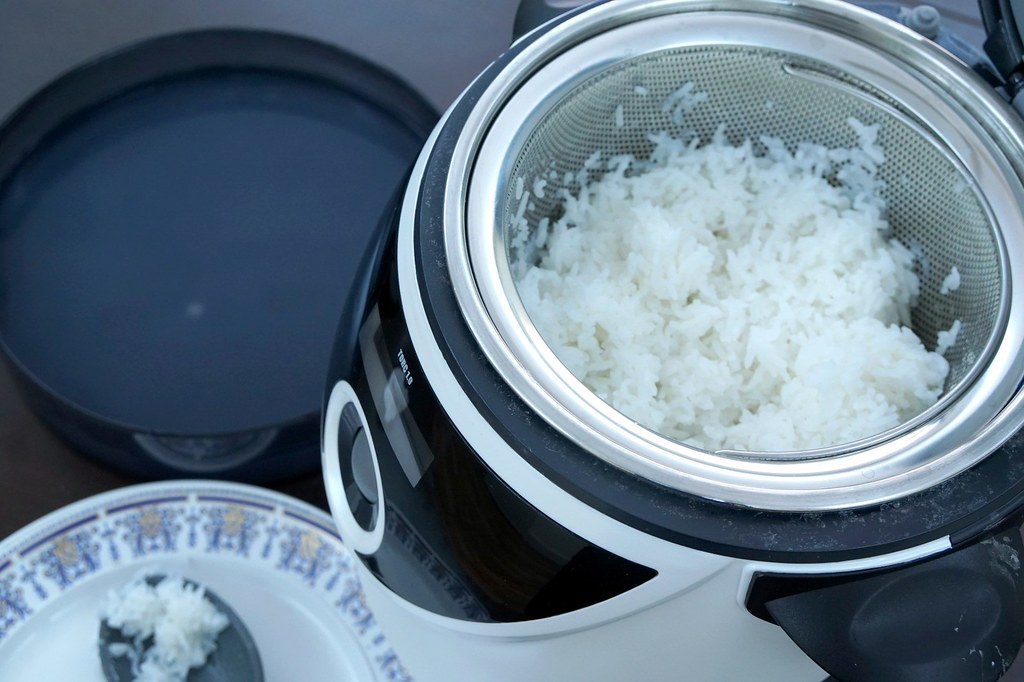 demo, price, how to use GRAYNS rice cooker - rebecca saw-003
