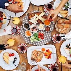 Ben kahvaltinin saati olmadigini dusunenlerdenim, her saatte kiyabilirim.. :) @bigchefscafe