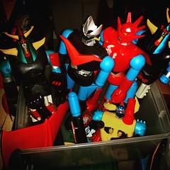 The Shogun graveyard. Battle worn robots awaiting to be refurbished. #robot #shogunwarriors #kaiju #graveyard #toyhustle #ToyHunting #ToyGameTedDiBase #TomKhayos #toysagram #RagingNerdgasm #vintage #ToyFinds #70s #mattel