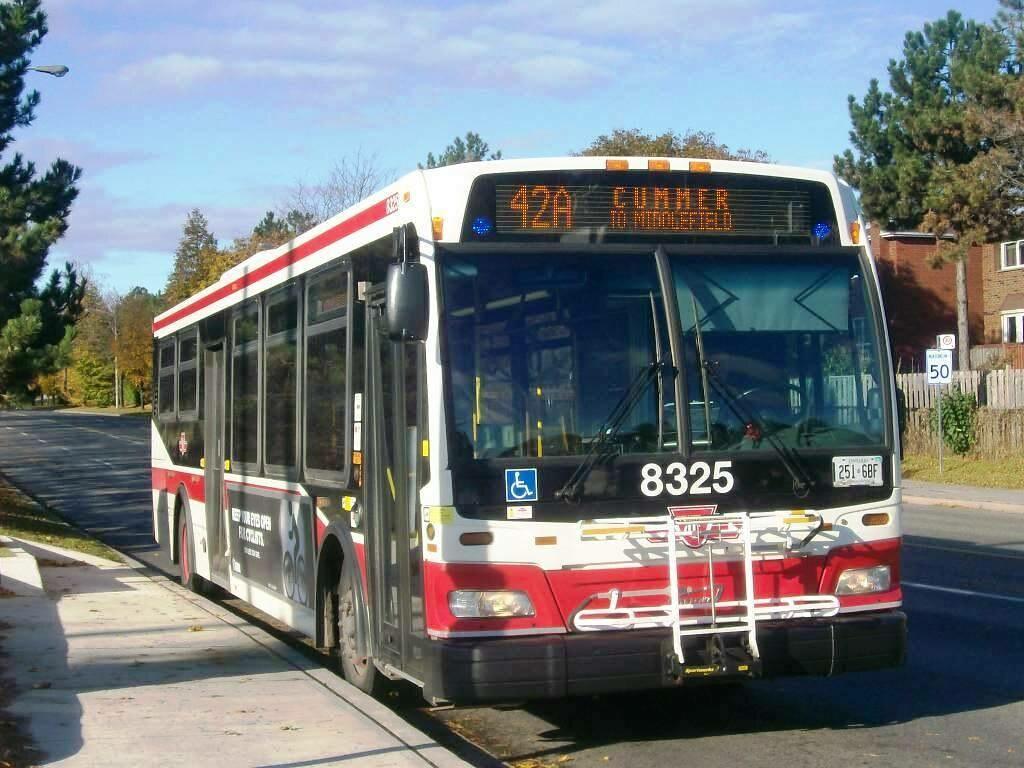TTC 2011 Orion VII #8325