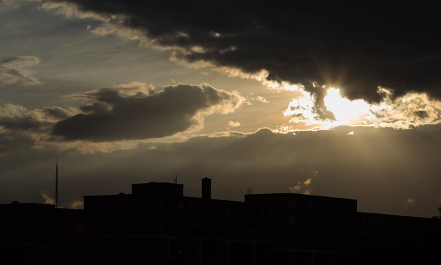 Sunset and Crepuscular Rays 5 Aug 2016