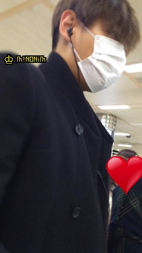 Dae Sung & TOP - Gimpo Airport - 01mar2015 - TOP - mino930 - 05