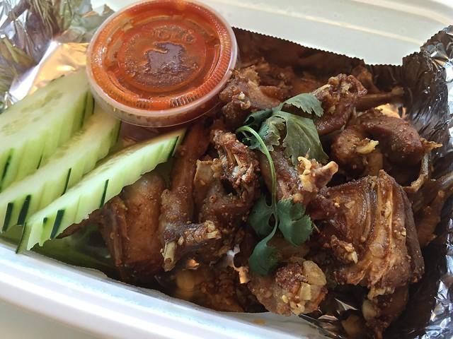 Garlic quail - Lers Ros Thai